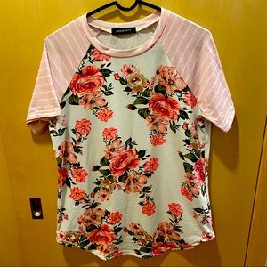 Striped sleeve, floral top